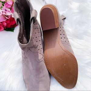 Sam Edelman Shoes - Sam Edelman Reynolds Western Bootie NEW $140